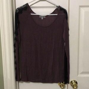 Cute dark purple w black lace long sleeve top